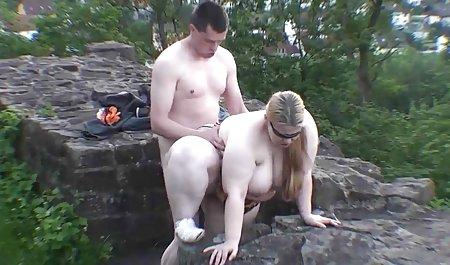 Гнучкий, мінет порно з молоденькими дівчатами в парку атракціонів, тоді королева Кайлі