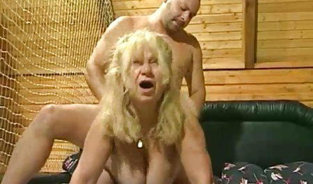 Чорний кретин Шейх секс з молодими казашка