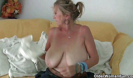 Блідо-жовтий порно онлайн зрілі з молодими