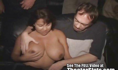 ...Мама, мама і секс з молодою моделлю сусід секс!